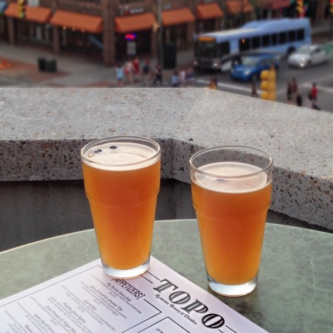 Top of the Hill, Chapel Hill, TOPO, dining, Triangle, Blueberry Wheat